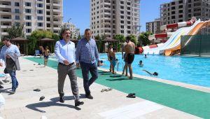 Başkan Baydilli Gençleri Havuza Davet Etti (Videolu)