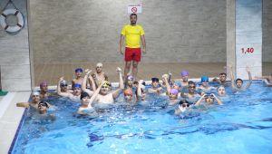 Haliliye'de Gençler Ücretsiz Yüzme Öğreniyor -Video Ve Fotolu