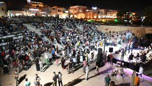 Büyükşehir'den Balıklıgöl'de Muhteşem Konser