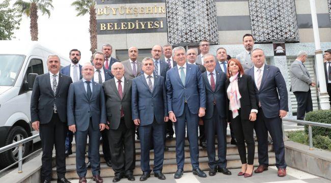 Başkan Beyazgül, İstanbullu İş Adamları İle Görüştü
