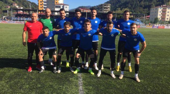 Karaköprü Belediyespor Hopa'dan Lider Döndü