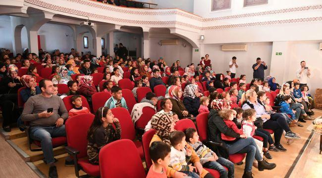 Şehir Tiyatrosu Yeni Sezonun İlk Çocuk Oyununu Sergiledi