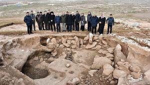 Harran Üniversitesi Neolitik Kazılar İçin Araştırma Merkezi Oluyor