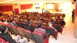 'Takvim Dışı Aşılar ve Ateşli Çocuğa Yaklaşım' konulu konferansı gerçekleştirildi