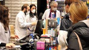 Eczaneler koronavirüsün ardından ucuz maske bulamamaktan şikayetçi