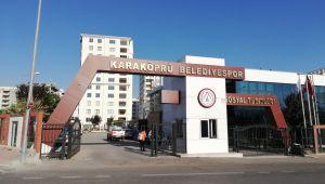 Karaköprü Belediyespor topbaşı yapıyor