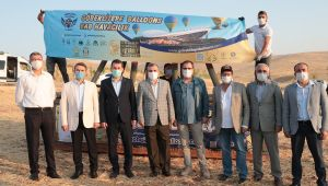"""Başkan Beyazgül Göbeklitepe'de """"Sıcak Hava Balon"""" Tanıtım Uçuşuna Katıldı"""