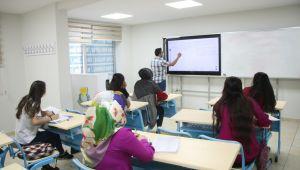 Haliliye'nin Eğitime Desteği Sürüyor