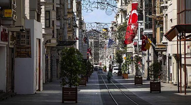 Murat Yetkin: Erdoğan hükûmeti, 'tam kapanma' uygulamasına geçmenin psikolojik zeminini hazırlamaya çalışıyor