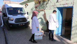 Büyükşehir'den 65 Yaş Üstü Bakıma Muhtaç Vatandaşlara Yemek Desteği