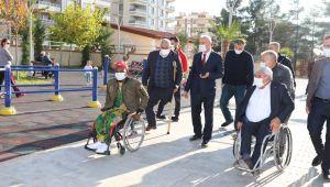 Engelli Vatandaşlardan Başkan Baydilli'ye 'Engelsiz Park' Teşekkürü