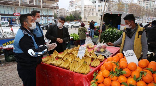 Karaköprü Zabıtadan Pazar Yerlerinde Sıkı Pandemi Denetimi