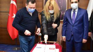 Rus İşadamı Yatırım Olanaklarını İncelemek Üzere Şanlıurfa'ya Geldi