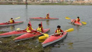 Barış Pınarında Durgun Su Kano Festivali