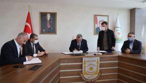 Büyükşehir'de Toplu İş Sözleşmesinde İmzalar Atıldı