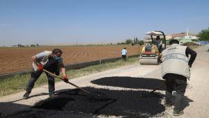 Büyükşehir'den Kısıtlamada Eyyübiye Kırsalında Yol Yapım Atağı