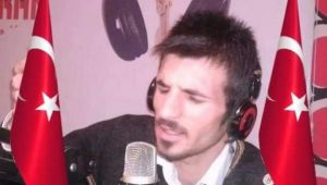 Romantik ve duygusal Radyocu Orhan Kaya: dinleyicilerime teşekkür ediyorum