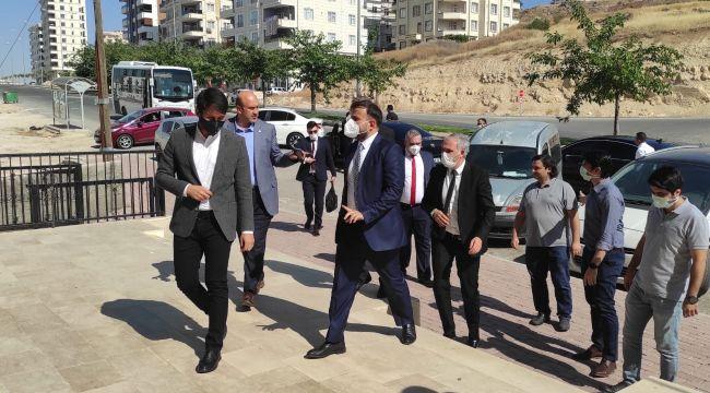 Cumhurbaşkanlığı Dijital Dönüşüm Ofisi Başkanı Dr. Ali Taha Koç'tan Genç STEM'E Ziyaret