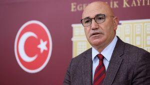 Bakan İle CHP'li Tanal Arasında Spor Tesisi Polemiği